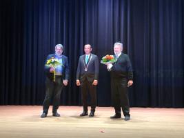 Bürgermeister Böck (CSU) mit dem 2. Bgm. Müller (SPD) und dem 3. Bgm. Katz (FDP)
