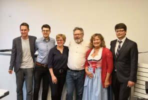 Florian Schardt (UB-Vorsitzender), Maximilian Weiß (Vorsitzender OSH), Natascha Kohnen (Vorsitzende BayernSPD), Harald Müller (Bürgermeisterkandidat), Annette Ganssmüller-Maluche (stv. Landrätin), Florian Spirkl (Fraktionssprecher)