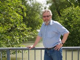 """Harald Müller: """"Super an Oberschleißheim finde ich, dass man sofort im Grünen ist. Regelmäßige Spaziergänge z.B. im Schlosspark sind für mich wie ein kleiner Urlaub."""""""